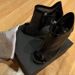Hardly Worn Giuseppe Zanotti High Heels!
